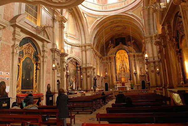 interior de la Iglesia de San Antonio
